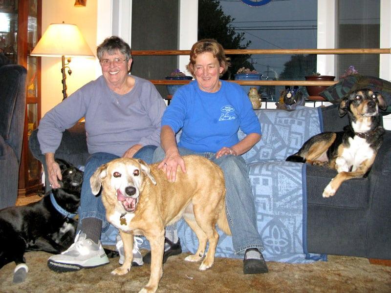 kathy and diane of happy dog eureka, ca