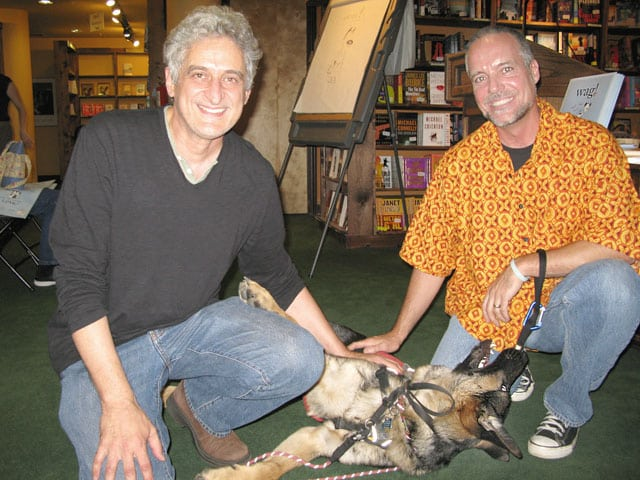 Patrick McDonnell meets Tripawds Spokesdog Wyatt in 2009